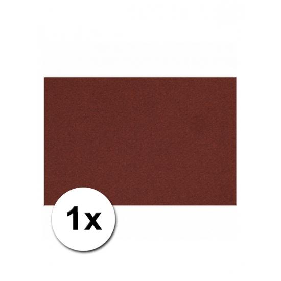 Bordeaux rood kartonnen vel A4 (bron: Funenfeestwinkel)