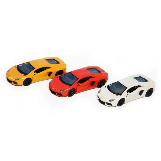 Lamborghini Aventador LP700-4 (bron: Funenfeestwinkel)