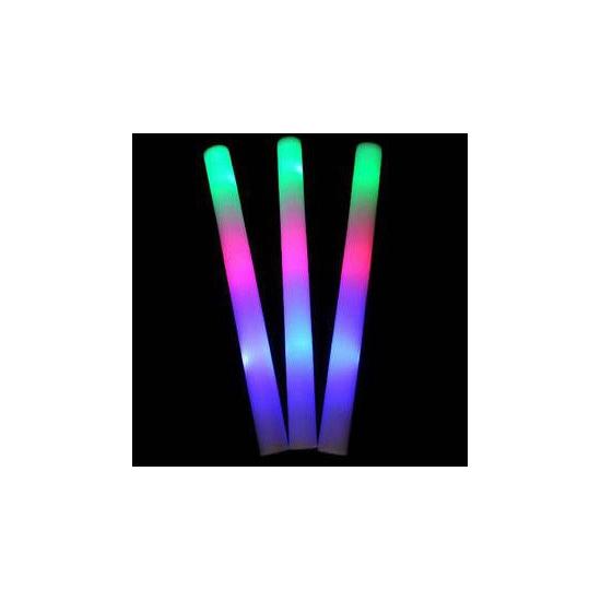 Lichtgevende gekleurde glow stick (bron: Funenfeestwinkel)