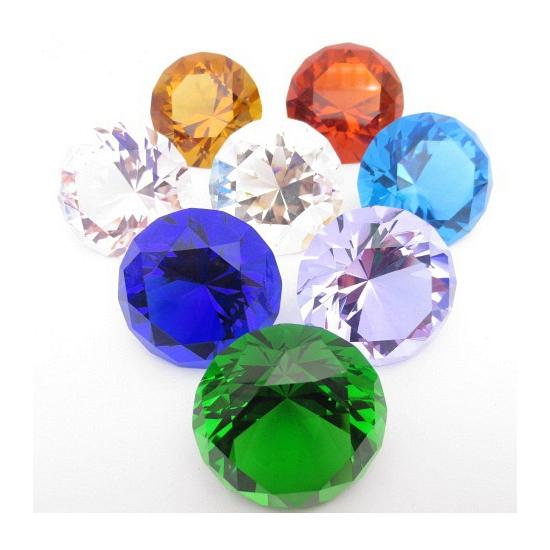 Mooie groene decoratie diamant 4 cm (bron: Funenfeestwinkel)